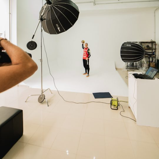 Silvia-Navarro-Balonmano-making-of-sesion-fotos-envideate (3)